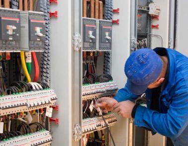 Rénovation d'installation électrique industrielle